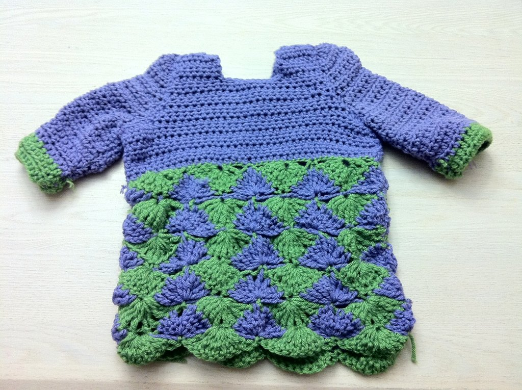 Crochet 3/4 sleeve sweater
