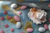 Cake topper BEBè su culla per battesimo comunione personalizzabile anche con nome Modellato a mano in fimo, per nascita, battesimo o compleanno bimbo e bimba.