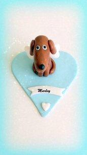 Cane angelo su cuore in fimo, decorazione ricordo cane deceduto, miniature, personalizzabile con la razza e il nome del cane, ponte arcobaleno