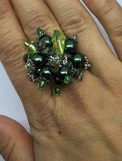 Anello regolabile con piccoli cristalli austriaci