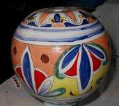 Base a palla per abajour di ceramica con motivi di 3 foglie alternate, capo-coda, decoro vivace