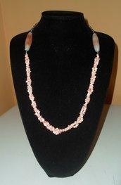 Collana: scaglie di corallo rosa