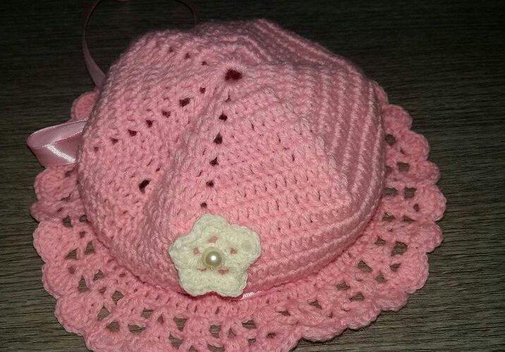 Cappello in lana uncinetto 3 mesi