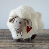 Pecorella in lana home decor