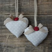 Fermatende a cuore con roselline in stile country - shabby chic
