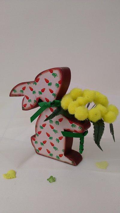Coniglietto con le mimose