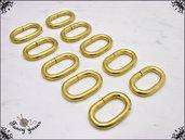 Anelli ovali, spazio interno mm.15, colore oro - 10 pezzi