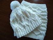 Cappello e sciarpa chiusa (collare) a maglia per adulto