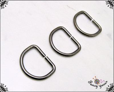 10 anelli D, spazio interno mm.10,  in metallo a filo tondo apribile, colore canna di fucile