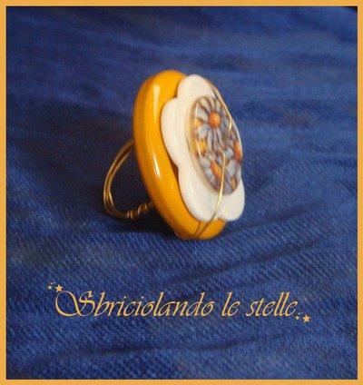 Anello Bottoni Fiori.