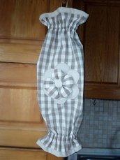 portasacchetti in cotone beige/marrone decorato con fiore