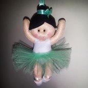 Ballerina di danza classica in pannolenci