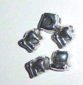 5 Pendenti Charms spaziatori divisori  ELEFANTE in acrilico color argento 10 mm  bomboniera bomboniere  per bigiotteria, collane portachiavi, orecchini  chiudipacco