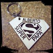 Portachiavi Superman in legno inciso a fuoco papà