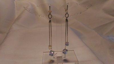 Orecchini in argento con swarovski cubo crystal ab 4 e 6 mm