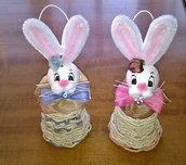 Coniglietti su campana