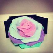 Spilla fiore arcobaleno