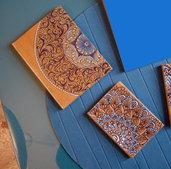 2 quaderni con copertina dipinta a mano con colori acrilici - formati 8x11 e 11x15