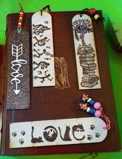 Segnalibri in legno pirografati a mano