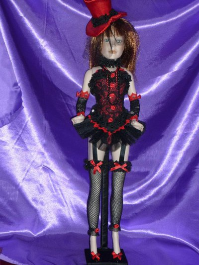 Bambola porcellana bisquit Burlesque