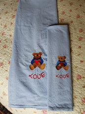 Set copertina e sacchetto ricamati a macchina,set primaverile neonato,copertina azzurra con ciniglia