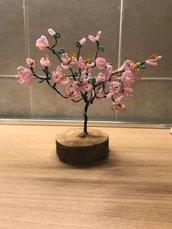 albero di pesco fatto a mano