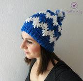 Berretto donna ad uncinetto // Cappello donna misto lana e alpaca // Berretto donna realizzato a mano // Berretto bicolore bianco e blu