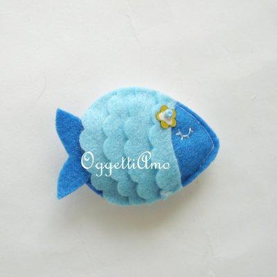 Un pesce in feltro come bomboniera: una calamita fatta a mano per il vostro evento
