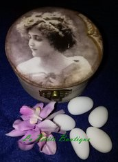 Bomboniere romantiche vintage