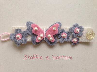 Bracciale farfalla e fiori in panno