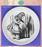 Piattino tondo in fotoceramica con illustrazione di Alice nel paese delle Meraviglie