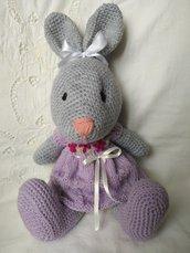 Coniglietta Amigurumi in lana
