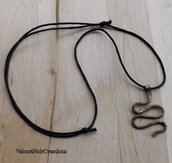 Collana serpente in rame martellato