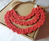Collana realizzata ad uncinetto // Collana fatta a mano // Bijoux all'uncinetto // Collana di fiori all'uncinetto // Bijou da donna handmade