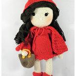 cappuccetto rosso amigurumi, bambola da collezione, personaggi delle fiabe
