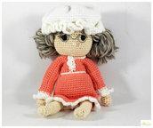 nonna di cappuccetto rosso amigurumi, bambola da collezione