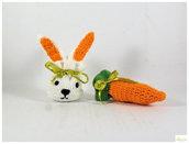 sacchetto coniglietto ad uncinetto, sacchetto carota ad uncinetto, bomboniera country, porta ovetti per pasqua