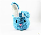 cestino pasquale ad uncinetto, cestino porta ovetti a forma di coniglio per bimbo