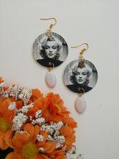 Marilyn Monroe orecchini di carta pendenti cerchio con perla bianca