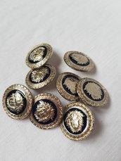 Bottoni vintage argento e nero di metallo con gambo,bottoni decorati 8 pezzi  2,4 cm materiali
