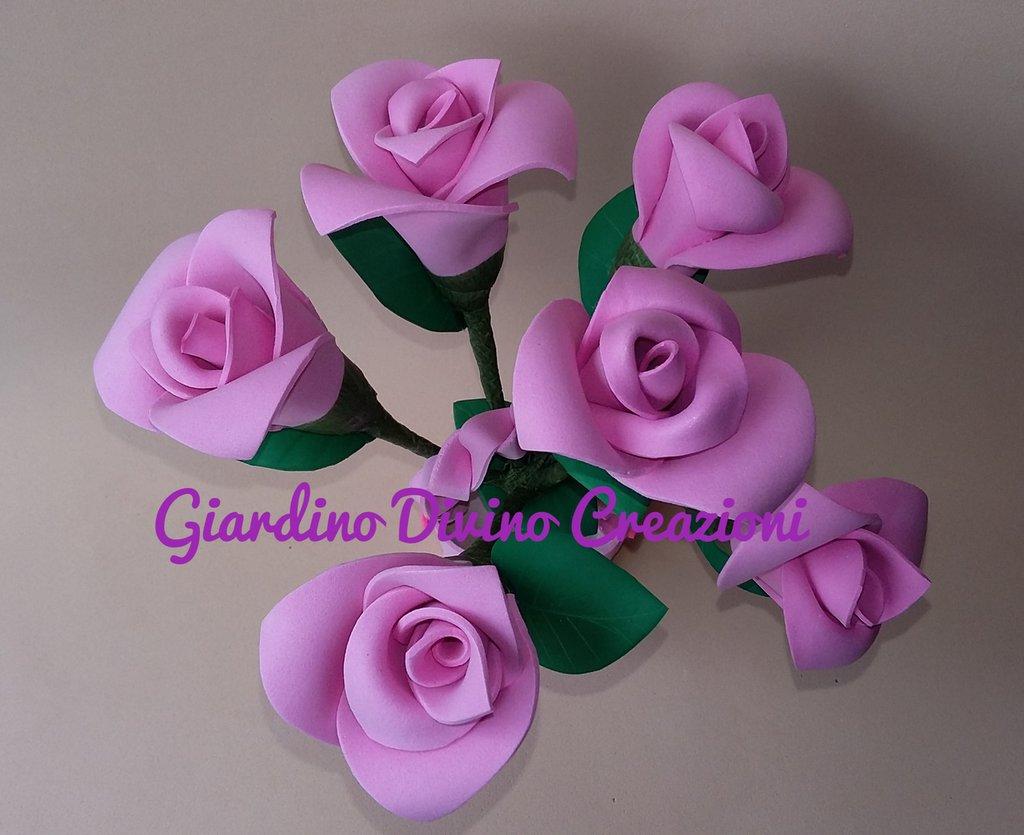 Pianta di rose rosa