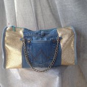 Borsa bauletto oro e jeans