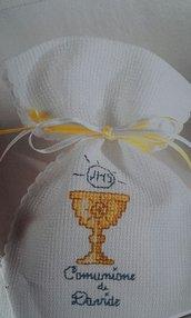 Sacchetti Porta Confetti Comunione, simboli sacri ricamati a punto croce