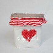 Un cestino portapane in stoffa come idea regalo: un cestino per il pane per decorare la tavola in modo originale