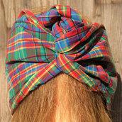 Fascia per capelli modellabile in stoffa: quadrettiamo
