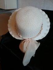 Cappello beige chiaro