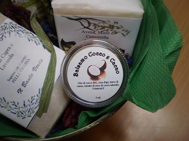 Balsamo per le Labbra al Cocco e Burro di Cacao (rafforzato con vitamina E):