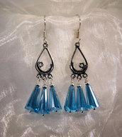 Orecchini in argento indiano e cristalli azzurri (OR31)