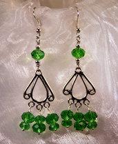 Orecchini etnici in argento indiano e cristalli verdi (OR29)