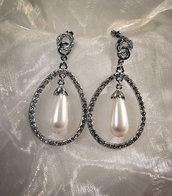 Orecchini placcati in argento con strass e perla Swarovski (OR36)